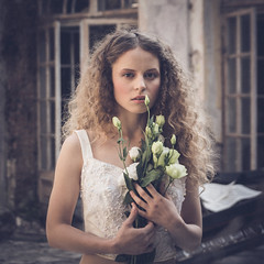 Portrait. (Tomasz Aulich) Tags: portrait woman girl flower piano plant hands hair longhair sigma nikon costume curls vintage oldschool colour door abandoned decay eyes light beauty portret modelka wosy loki blond kwiaty