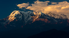 Annapurna (Laurie Ewen) Tags: nepal sunset mountain mountains annapurna hiunchuli
