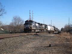 Last Train of 2014 (Fan-T) Tags: ohio ns 9 dash hudson interstate ge 2014 lasttrain