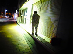 in the lemon yellow light (-ICHIRO) Tags: street digital snap gr iv ricoh 21mm gw2