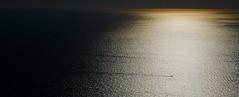 Fin de journée - The end of the day (Max Sat) Tags: coucherdesoleil fuji fujixe1 fujinon gold italie italy maxsat maxwellsaturnin mer sea sunset xf60 unexplored