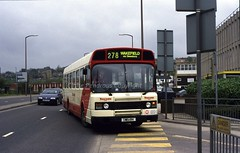 Yorkshire Buses 153, Dewsbury, West Yorkshire, 1997 (Lady Wulfrun) Tags: buses yorkshire national april 1997 midland leyland 153 dewsbury leylandnational2 walexandersons dms19v mpn19