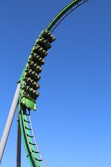 The Hulk (Read2me) Tags: motion green metal amusement orlando diagonal otr rollercoaster curve storybook cye gamewinner flickrchallengewinner friendlychallenges thechallengefactory superherowinner pregamewinner