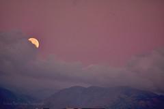 Fullmoon set (Nikos Roditakis) Tags: moon set night clouds nikon s nikos full crete af nikkor scenes vr heraklion 55200mm d5200 roditakis