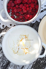 Baked Alaska (AlenaKogotkova) Tags: cake icecream icecreamcake alaska bakedalaska sweet dessert dessertssweets yummy tasty food foodphoto foodstyling berries meringue meringuecake