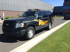 Maricopa County Sheriff Ford Expidention (Law_Enforcements) Tags: county arizona cars ford car truck cops police chrome cop sheriff dual suv spotlights maricopa expidetion