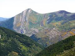 Ruta Lagos de Saliencia. Pea Michu. Pliegues (Parque Natural de Somiedo, Asturias) (Juan Alcor) Tags: asturias parque natural somiedo lagos saliencia ruta plieges peamichu