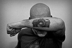 Self-portrait (Wal CanonEOS) Tags: portrait blackandwhite bw selfportrait man men byn blancoynegro argentina tattoo canon photography eos monocromo photo buenosaires minolta retrato creative tattoos monocromatic hdr hombre tatuaje bsas tatuajes caba creativo monocromatico capitalfederal minoltaxg7 ciudaddebuenosaires hdrbw argentinabsas ciudadautonoma camaraminolta rebelt3 canoneosrebelt3 autoterrato tatuajecamaradefoto tattoocamaraphotography