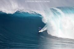 Shane Dorian Peahi PreBarrel (Aaron Lynton) Tags: peahi jaws surf surfing canon 7d sigma lyntonproductions maui hawaii