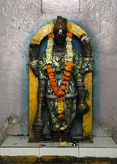 Bhagavn Viu (Shrimaitreya) Tags: vishnu lord hindu hinduism god ancient pune temple shrine india indian maharashtra mandir religion