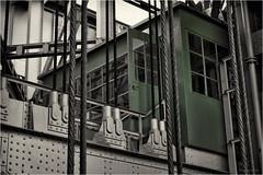 green office (goehler.mike) Tags: bw black white sw schwarz weiss architektur architecture colorkey