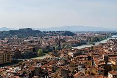 Los tejados florentinos III (Leandro Fridman) Tags: florencia tejados tejas arquitectura ciudad ro cielo airelibre nikond60 nikon d60