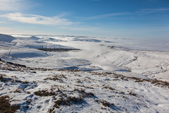 On Top Of The World (RD400e) Tags: winter mist snow canon walking eos is derbyshire kinder mk2 5d usm ef peakdistrictnationalpark f4l 24105mm