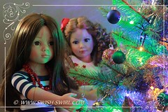 Happy Christmas! (Swish and Swirl) Tags: laura tara gotz kidzncatsdoll