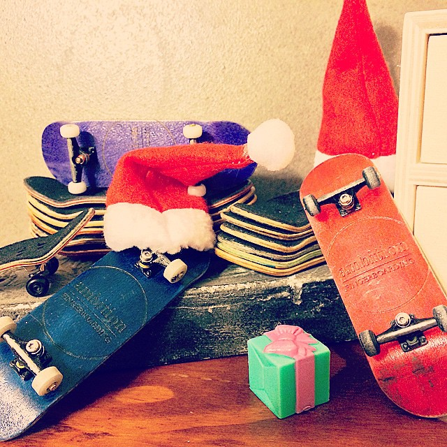 Merry Christmas everyone! #xmas #certifiedpopcrazy #pocketpop #red #blue #ambitionfingerboarding #singaporefingerboardstore #santahat #decks #completes
