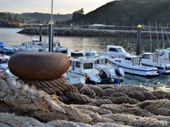 Puerto Candas (blancaelena_muizmartinez) Tags: espaa costa puerto agua asturias candas