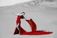 JAPAN Beauty (HarQ Photography) Tags: red portrait woman dress fujifilm xt1 xf50140mmf28rlmoiswr