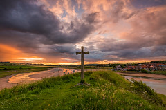 Church Hill Alnmouth (Calum Gladstone) Tags: northumberland alnmouth sunset moody sky cross leefilters canon6d