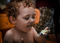 Birthday Cake (SarahJKelleher) Tags: birthday cake kid nikon toddler shadows child messy lightroom photooftheday nikond7200