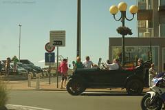 Belgian coast (Natali Antonovich) Tags: street classic cars car seaside transport lifestyle retro romantic relaxation seashore classiccars seasideresort romanticism belgiancoast seaboard retrocar newpoort