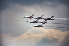 High and tight (Notkalvin) Tags: airplanes formation airshow f16 ypsilanti thunderbirds fighterjets thunderovermichigan jetplanes mikekline notkalvin notkalvinphotography