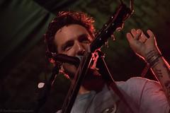 Frank Turner-49 (redrospective) Tags: red people musician music man london closeup concert guitar live guitarist spotlights singersongwriter 2016 frankturner electroacousticguitar houseofvans 20160713