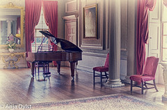 UK-20130707-0027.jpg (AnjaCarla) Tags: hdr mirror styleofphoto cambridgeshire musicinstrument uk piano display wimpole painting colour