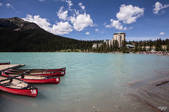 Boats on Lake Louise (mzagerp) Tags: road trip usa canada rockies rocheuses etats unis mzagerp banff national park lake louise moraine lac emerald meraude plain six glaciers columbia icefield glacier