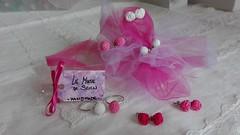 una dolce e rosa serata a tutti ;-) (Le Muse di Scicli) Tags: rosa pink lemusediscicli orecchini earrings crochet uncinetto ganchillo craft handmade fattoamano fucsia fuchsia bianco white rose roselline scicli oxford
