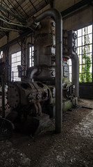 Bender. (LoquioR) Tags: abandoned mine decay vegetation exploration urbex urbaine abandonn machinerie