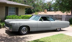 1969 Chrysler Imperial coupe (1970 Lincoln Continental) Tags: auto old usa hot classic 1969 car america vintage grey boat gangster big cool 60s automobile long power ultimate antique fat great gray detroit engine grill gas le american huge imperial 70s 1960s chrysler mopar 1970s longest heavy ci mobster powerful coupe inches 440 v8 phat baron guzzler fuselage cubic lebaron