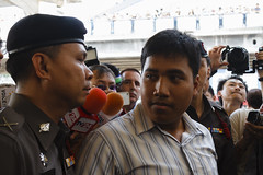 20150214-เลือกตั้งที่ลัก -23 (Sora_Wong69) Tags: people thailand bangkok protest police liberalism activist politic assembly coupdetat nonviolenceaction supportelection