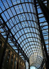 Hays Galleria ( Jamie Mitchell) Tags: city uk travel blue roof england sky london heritage glass architecture bend steel united capital perspective culture kingdom galleria hays