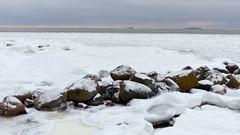 A January afternoon view from Srkiniemi swimming place (Lauttasaari, Helsinki, 20150124) (RainoL) Tags: winter sea