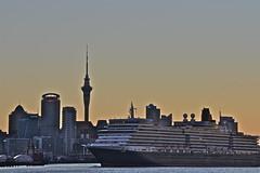 Queen Elizabeth Cruise Liner (Lynne Karen) Tags: sunset newzealand auckland northshore northisland devonport cruiseliner cheltenhambeach devonportwharf queenelizabethcruiseliner
