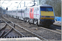 91125 tails 1A20 south through Huntingdon,  March 2nd 2015 (Bristol RE) Tags: 91 eastcoast huntingdon virgintrains class91 91125 91025 1a20