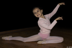 Little dancer (VLEA photographer) Tags: pink girl smile photography child little dancer vlea
