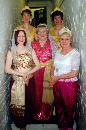 2000 Aladdin 02 (from left Kelly Marie Thornton, Linda Ellis, Rita Hampton, Pauline Milner,Ruth Kerrigan)