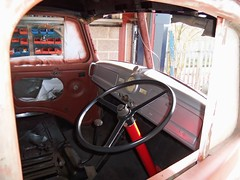 Commer Restoration (Rootes75) Tags: classic commercial restoration british commer rootes