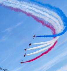 Red Arrows (Wayne Cappleman (Haywain Photography)) Tags: red fab photography smoke wayne hampshire airshow international arrows fia farnborough 2014 haywain eglf cappleman