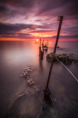 The Fence (Calum Gladstone) Tags: northumberland longhoughton sugar sands fence sunrise seascape leefilters canon6d