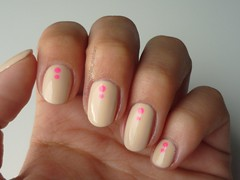 Chic - Hits Speciallit (Des Manhes) Tags: nails polish unhas esmaltes nude neon rosa pink bege nati hitsspeciallit
