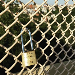 Someone tied the knot yesterday. #pittsburgh #steelcity #visiting #tourist #lovestory #newlyweds #bestwishes #lockitdown July 24, 2016 at 11:10AM (Mikus36) Tags: someone tied knot yesterday pittsburgh steelcity visiting tourist lovestory newlyweds bestwishes lockitdown