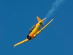 pl30juin16harvard16 (lanpie012000) Tags: gatineau ynd cynd airshow northamericanhavard4 ncx811b