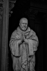 IMG_0024 (peepingtom210) Tags: dijon église statue burgondy bourgogne saint priere art