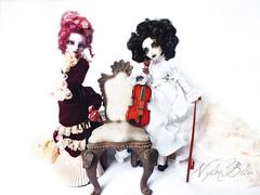 The soprano and the violonist (NylonBleu) Tags: monster high mh spectra opereta operetta nylonbleu ooak repaint custo