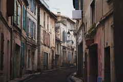 Arles, France (Comme La Lavande) Tags: arles france rue street calm tranquil alley narrow outdoors building architecture empty nopeople travel voyage