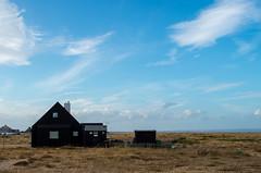 Dungeness house (neil_gerrard) Tags: dungeness house kent desolate