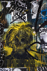 Pared (Joe Herrero) Tags: barcelona graffitti arte urbano callejero sticker calavera skull paint joe herrero wwwjoeherrerocom pared wall