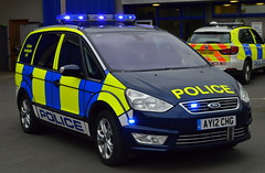 Cambrideshire Police | Ford Galaxy | Collision Investiagtion Unit | AY12 CHG (Chris' 999 Pics) Tags: cambridgeshire police rpu roads policing unit traffic department force hq visit law enforcement 999 112 ford galaxy collision investigation serious accident rtc rta ay12chg 2012